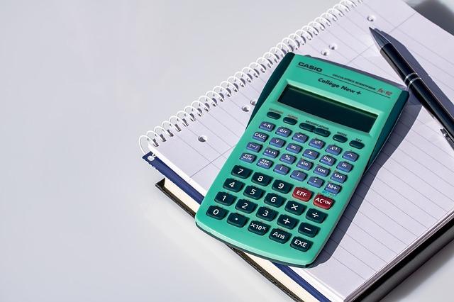 zelená kalkulačka