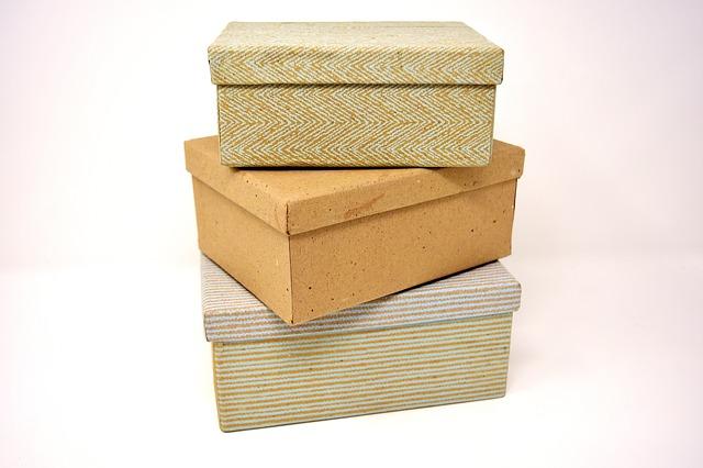 tři krabice.jpg