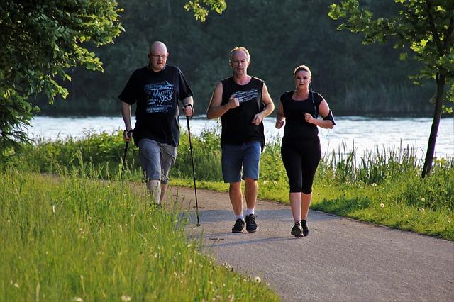 sportování u řeky