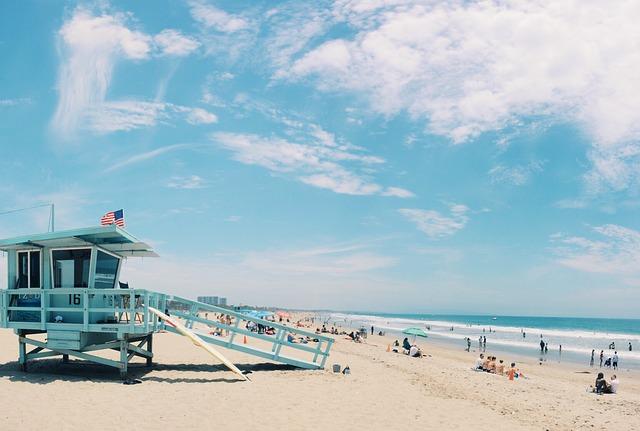 mořská pláž.jpg